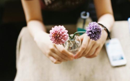 人生百态,生活多样,蝉思社认为你只需要一个倾听你心声的挚友