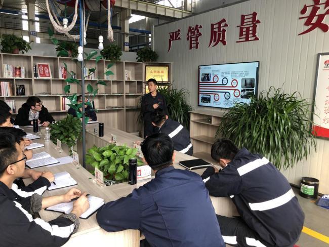 陕北矿业神南产业后勤车队维修班以讲促学提技
