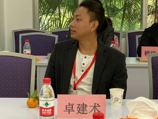 鸿卓网络传媒董事长卓建术爱心助力西藏自治区建设发展