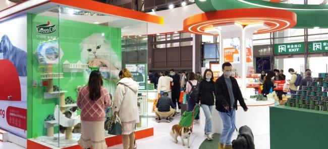 第十届成都宠博会盛大开幕,RedDog红狗如约而至